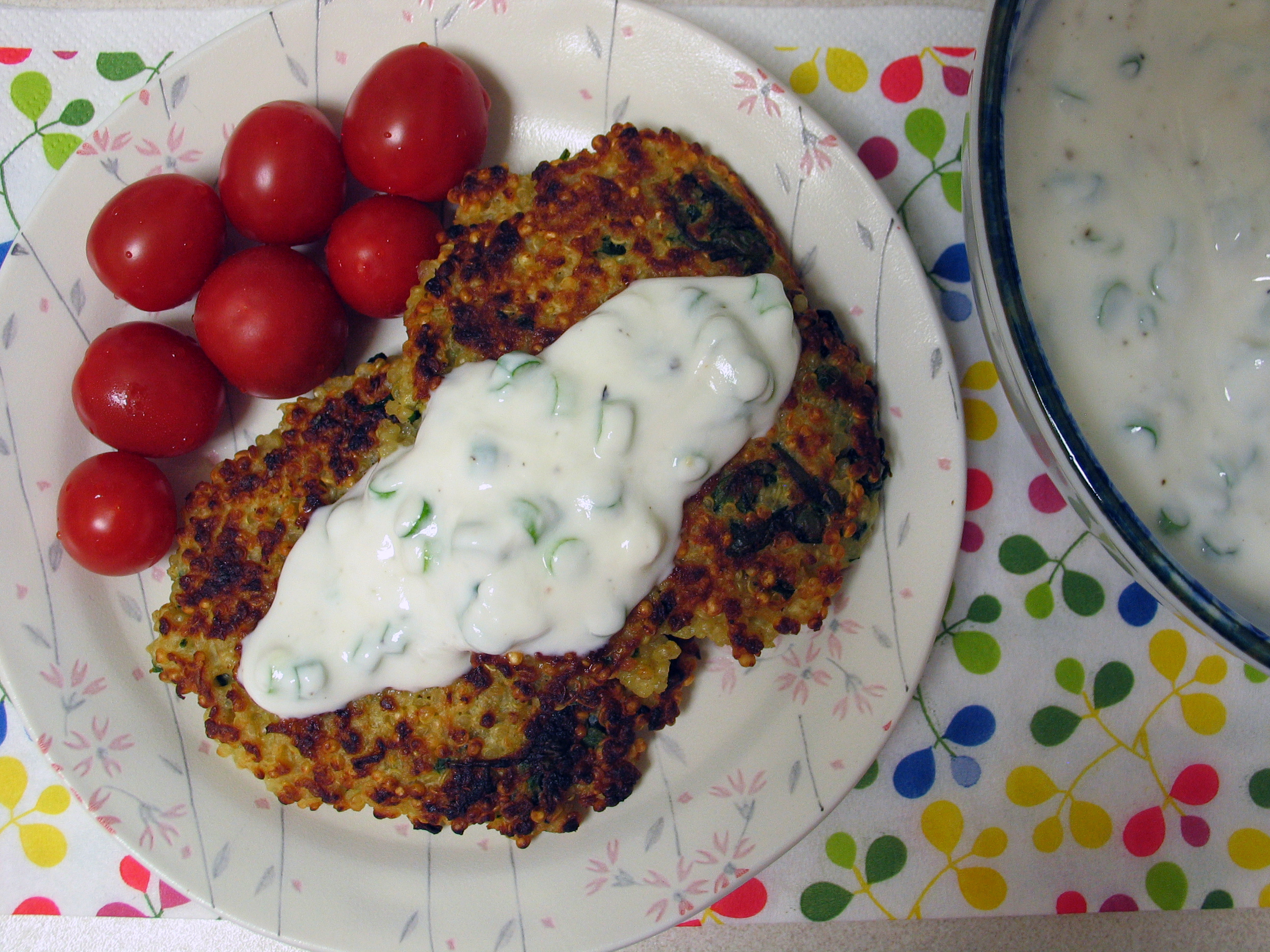 Quinoa Cakes with Yogurt Sauce