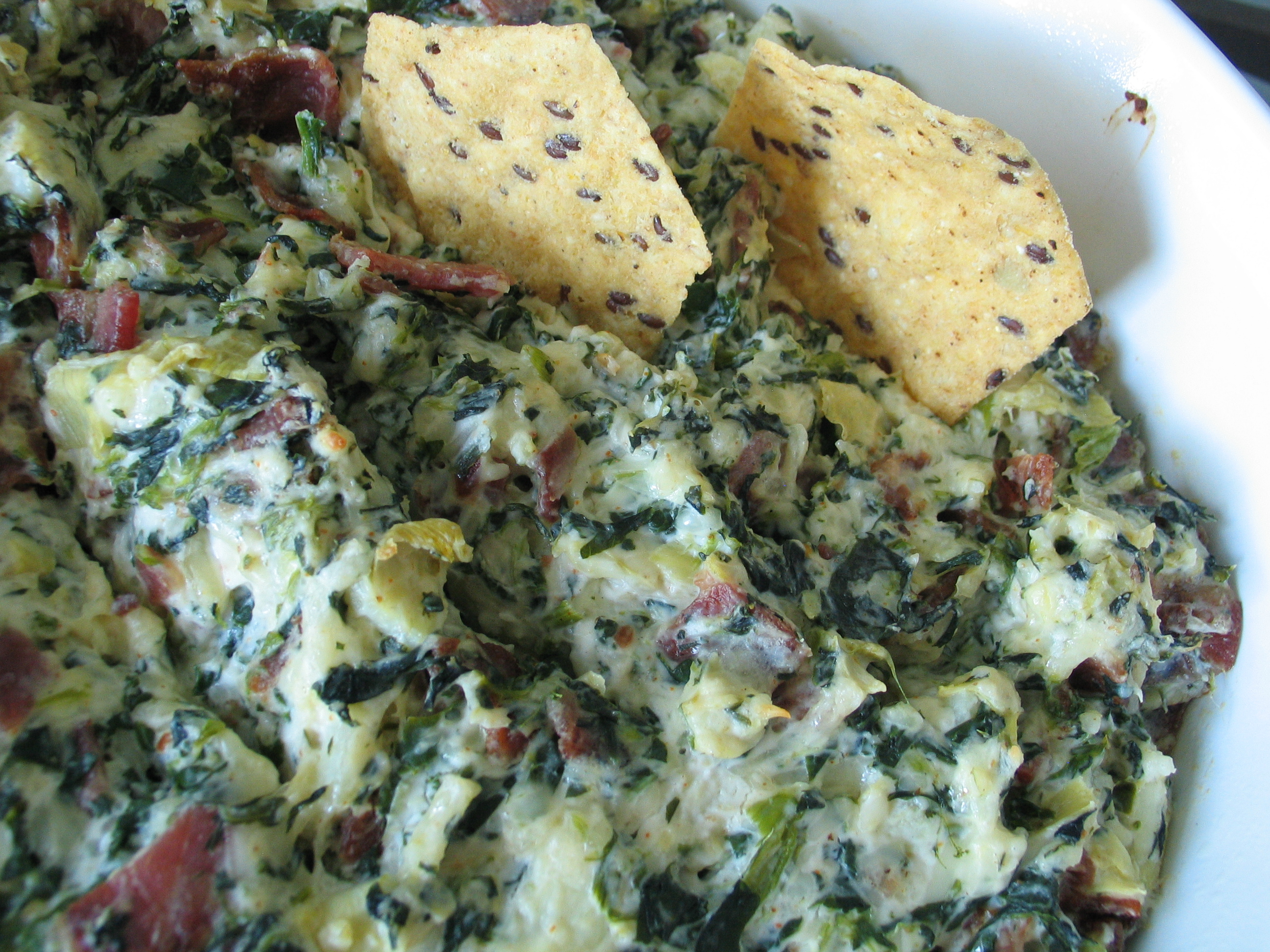 Spicy Bacon, Spinach and Artichoke Dip