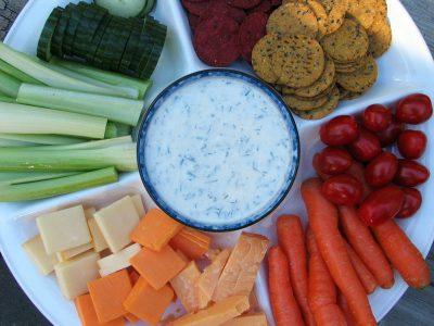Creamy Buttermilk Herb Dip